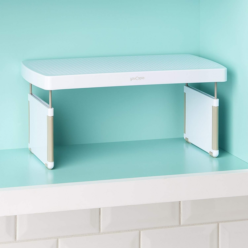 A shelf riser