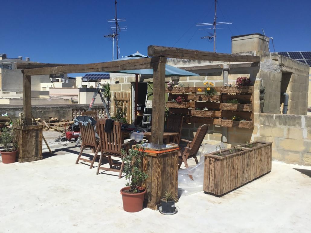 rooftopgarden - pre pergola
