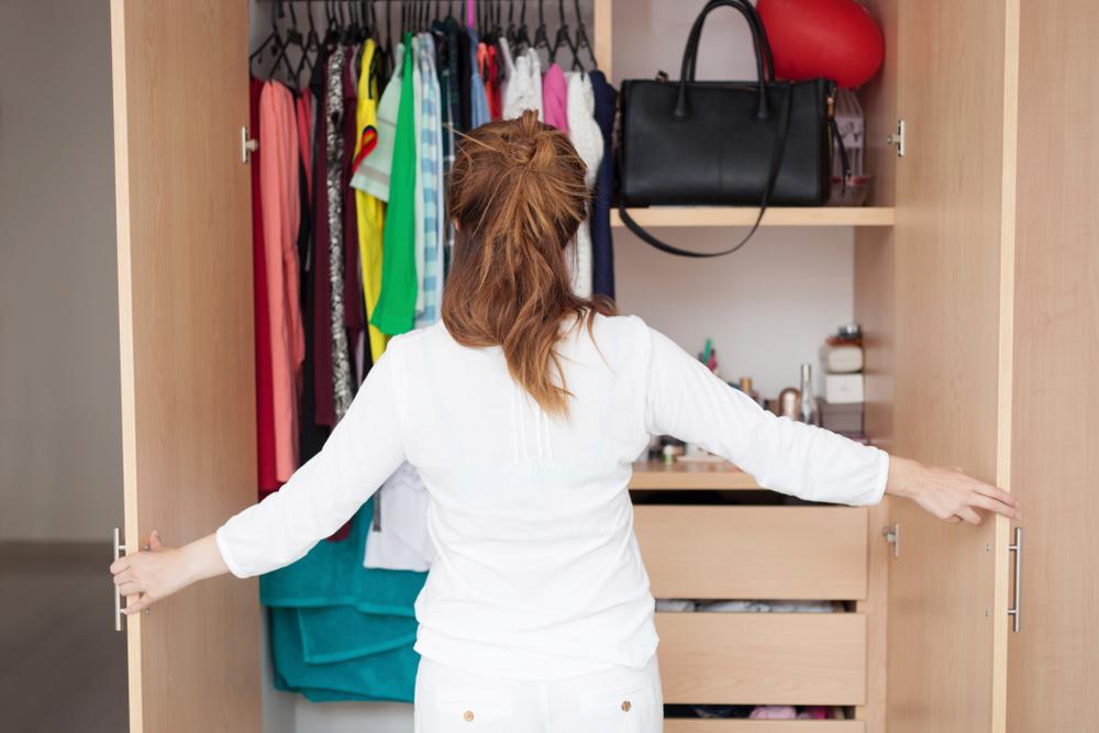 organising the closet